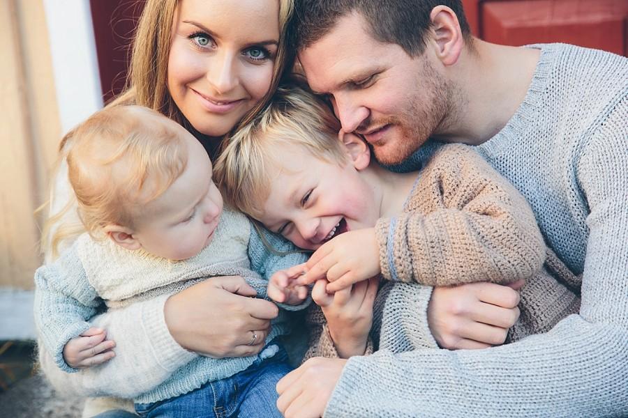 FAMILIEN GROVEN